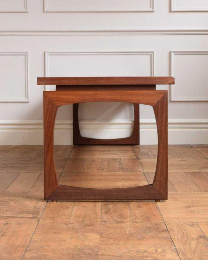 x-1210-f ヴィンテージコーヒーテーブルの後ろ