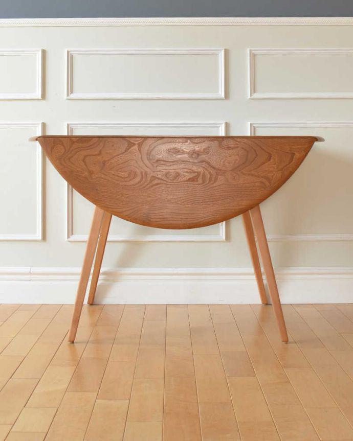 折り畳み式テーブルの側面