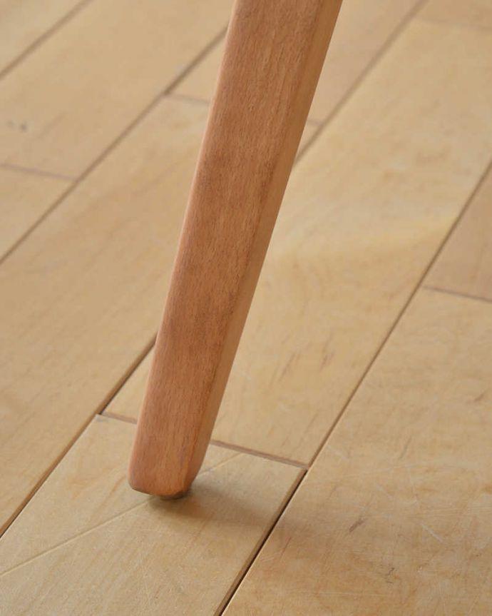 アーコールのテーブルの脚