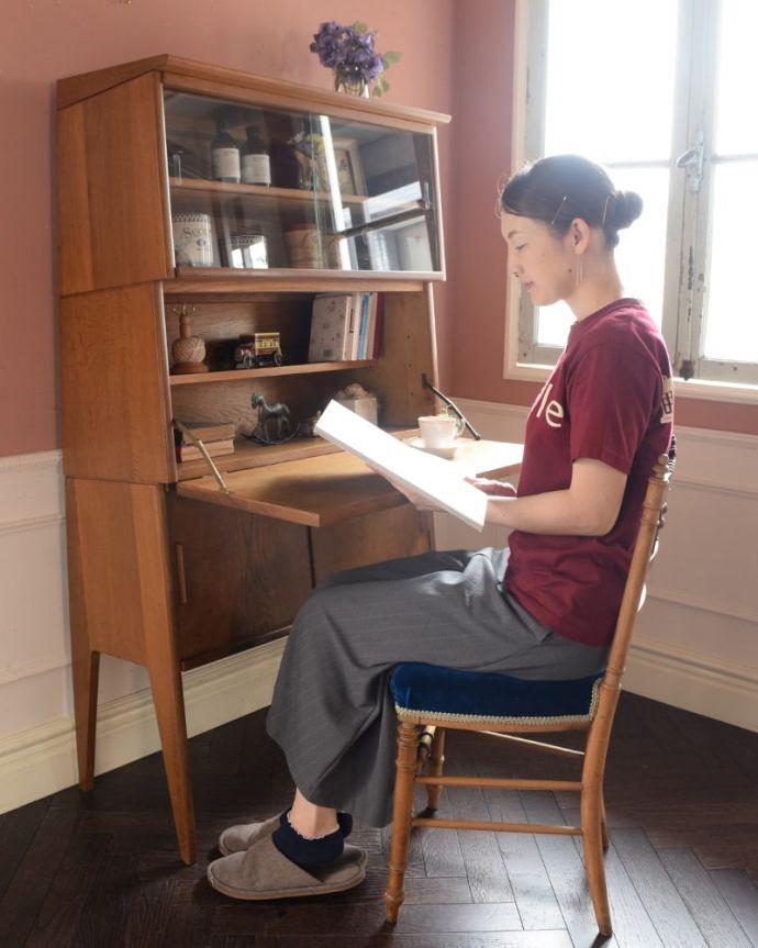 ビューロー アンティーク家具 ビューローキャビネット ヴィンテージ家具らしいあたたかさ。(x-1359-f)