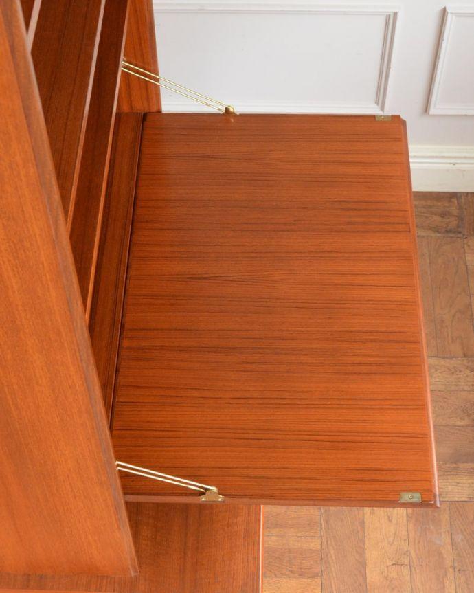 アンティークのキャビネット アンティーク家具 G-planユニットキャビネット 天板の塗装もキレイに仕上げましたヴィンテージの家具は修復方法が様々。(x-1399-f)