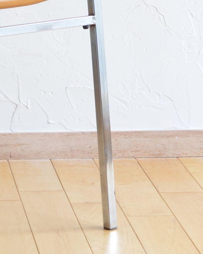 x-428-c アンティークアームチェアの脚