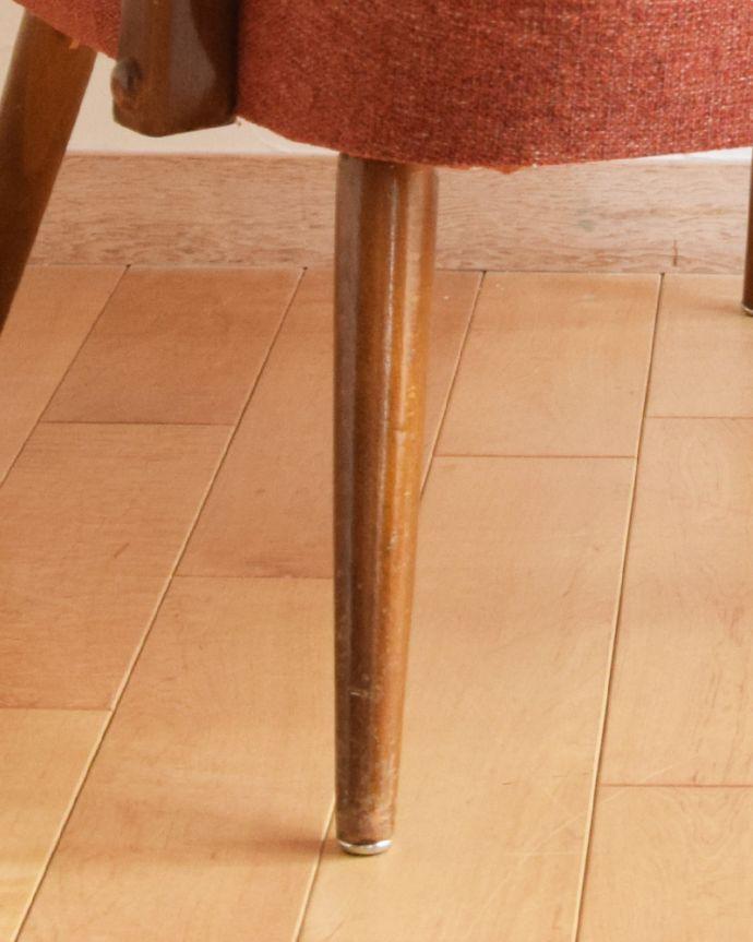 x-448-c アンティーク1Pソファ(オレンジ)の脚
