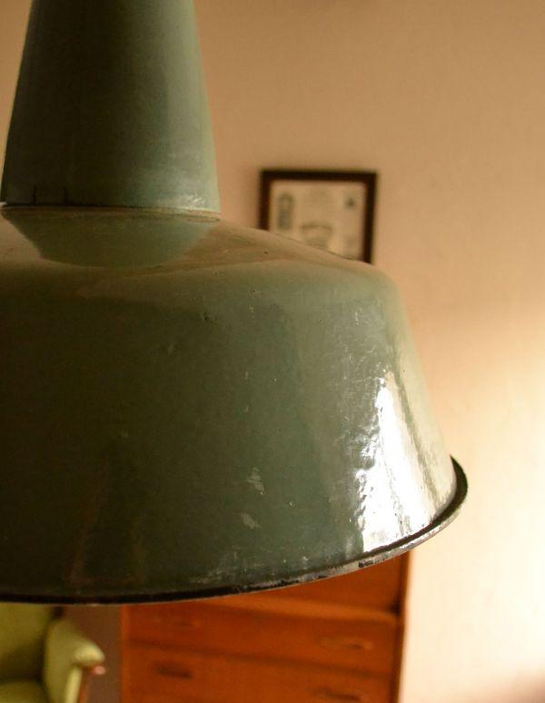 アンティークフランスランプ(アンティークグリーン)のアップ