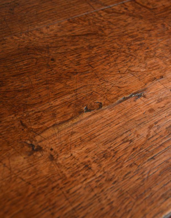 x-653-f アンティークカウンターの木肌