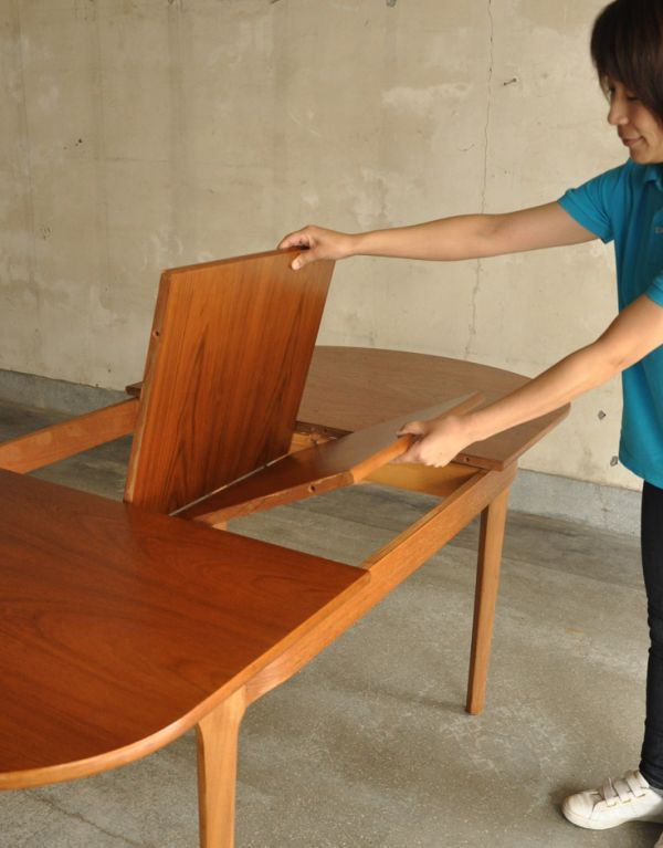 x-660-f ヴィンテージダイニングテーブル(ネイサン)の広げ方