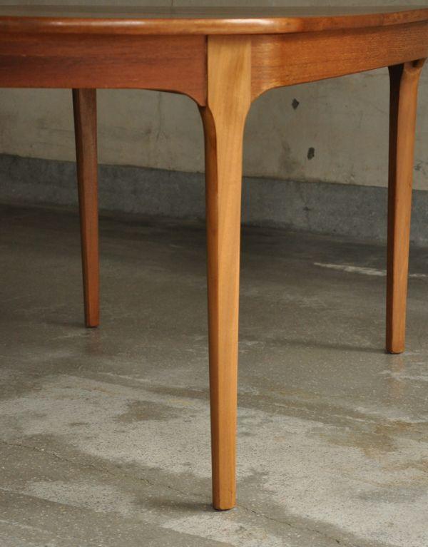 x-660-f ヴィンテージダイニングテーブル(ネイサン)の脚