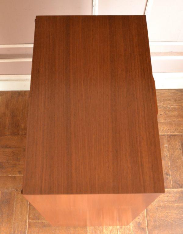 x-706-f ビンテージチェストの天板