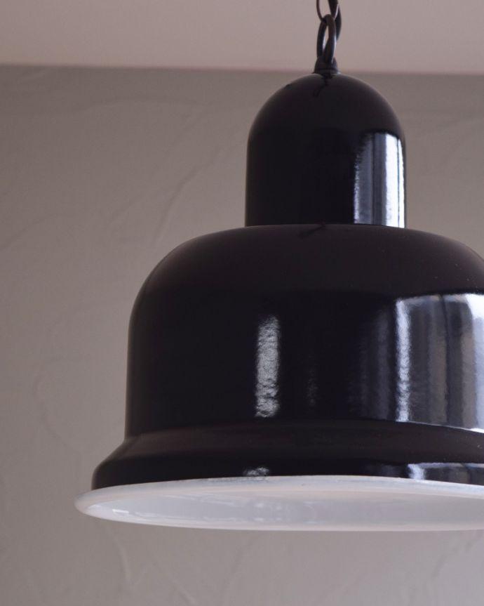 x-781-z ヴィンテージエナメルランプ(ブラック)の消灯時アップ