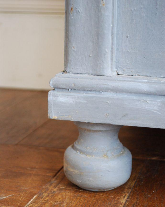 x-852-f アンティークカップボード(グレイ)の脚
