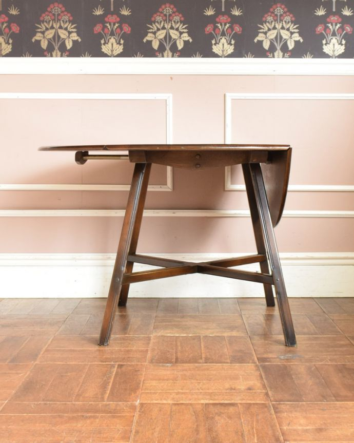x-898-f アンティークアーコールドローリーフテーブルの閉じる1