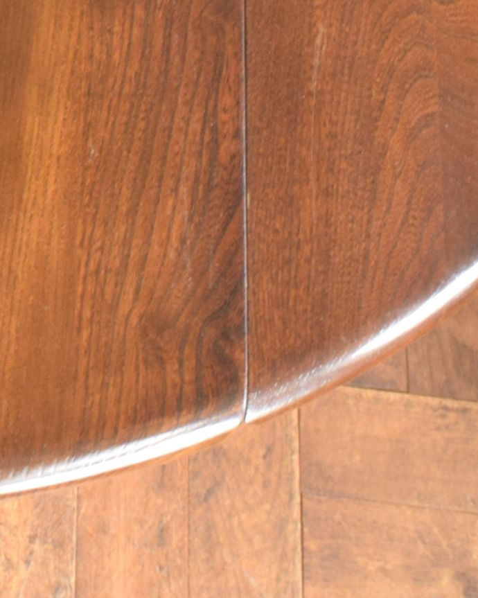 x-898-f アンティークアーコールドローリーフテーブルの角