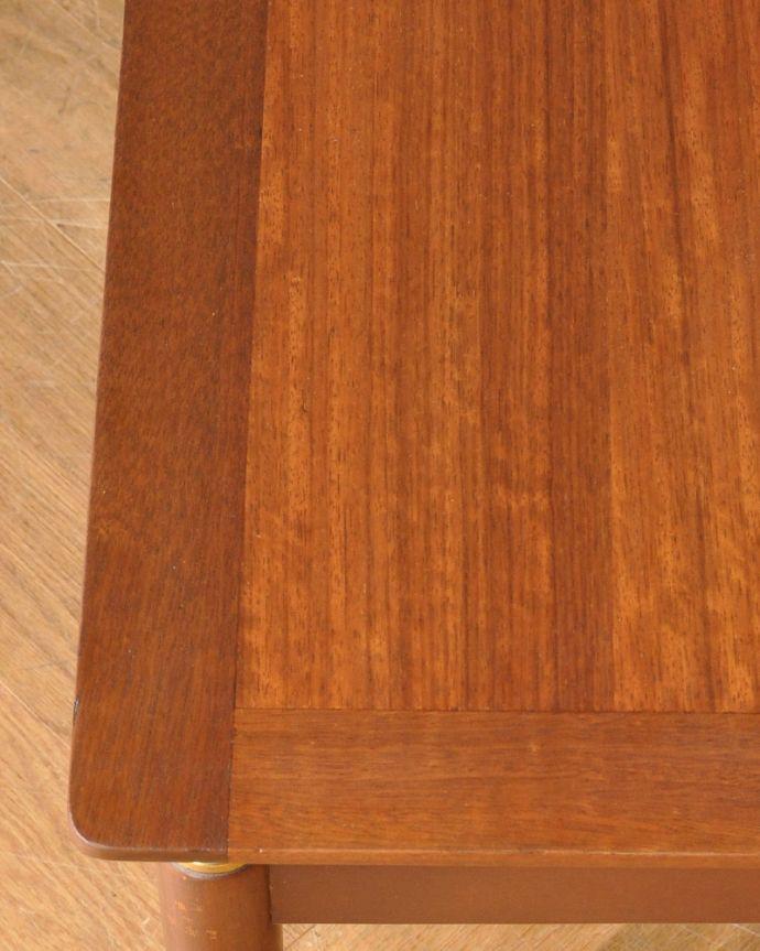 x-901-f ビンテージセンターテーブル(Gプラン)の角