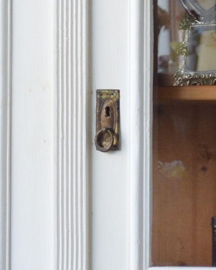 x-931-f アンティークグリアージュキャビネット(ワードローブ)の鍵