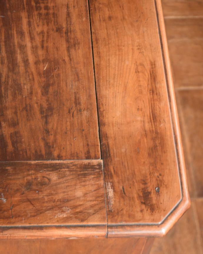 x-946-f アンティークキッチンキャビネット(カップボード)の角