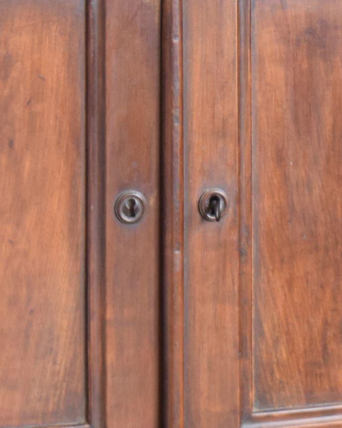 x-946-f アンティークキッチンキャビネット(カップボード)の扉取っ手