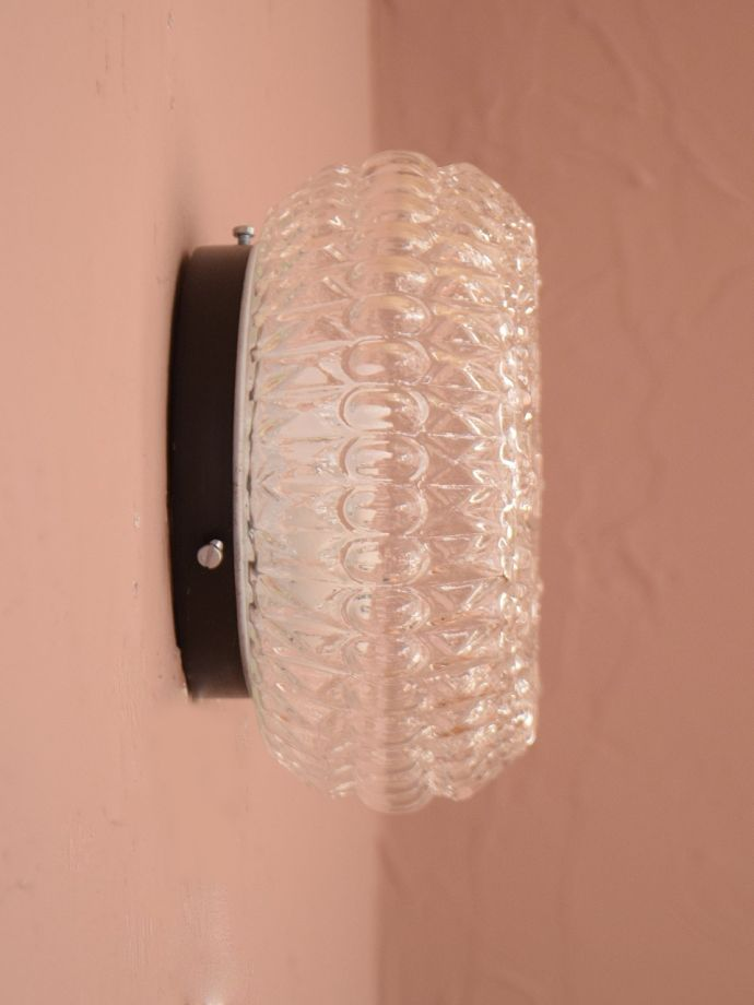 壁付けブラケット 照明・ライティング ウォールランプ 横から見ると・・・壁を彩るシャンデリアは横から見てもステキです。(x-948-z)