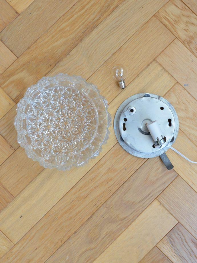 壁付けブラケット 照明・ライティング フランスのアンティーク照明、ガラスシェードのシーリングライト(E17丸球付) 電球付きなので届いてすぐに使えます日本球仕様(E17型・40Wまで対応)でオーバーホウルしたので安心して使えます。(x-949-z)