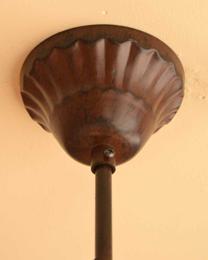 シャンデリア 照明・ライティング 気軽に使えるアンティーク風のシャンデリア(6灯)(E12電球付) 。カバーも付いています。(cr-525)