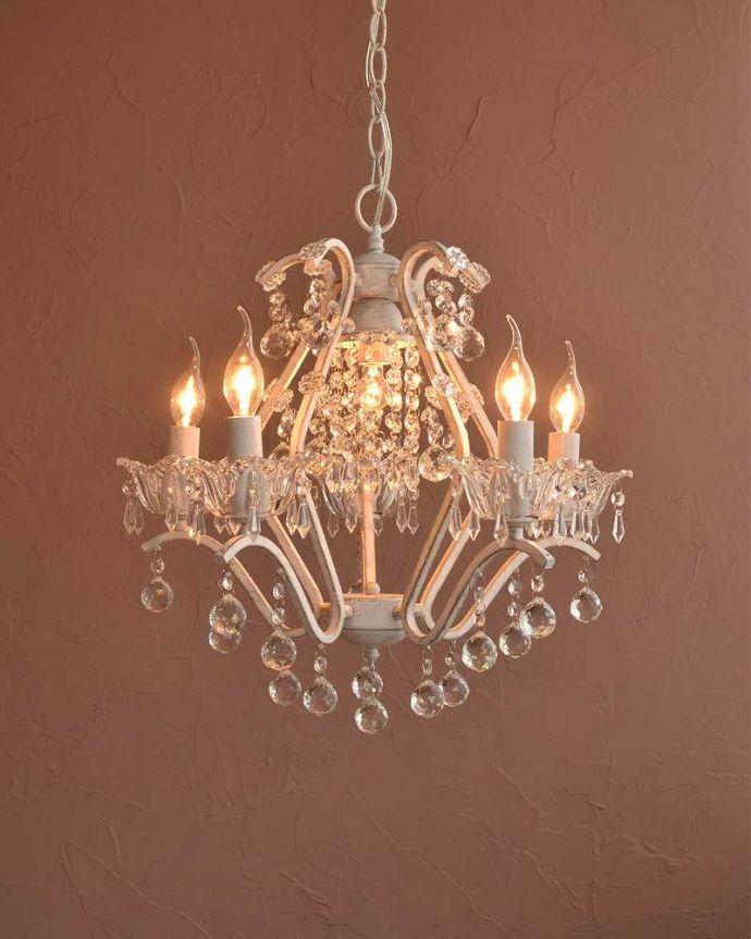 シャンデリア 照明・ライティング 気軽に使えるアンティーク風のシャンデリア(6灯)(E17電球付) 。。(cr-524)