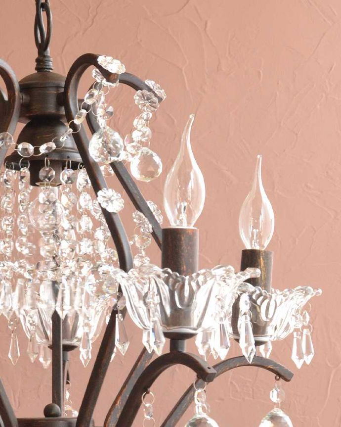 シャンデリア 照明・ライティング 気軽に使えるアンティーク風のシャンデリア(6灯)(E17電球付) 。。(cr-523)
