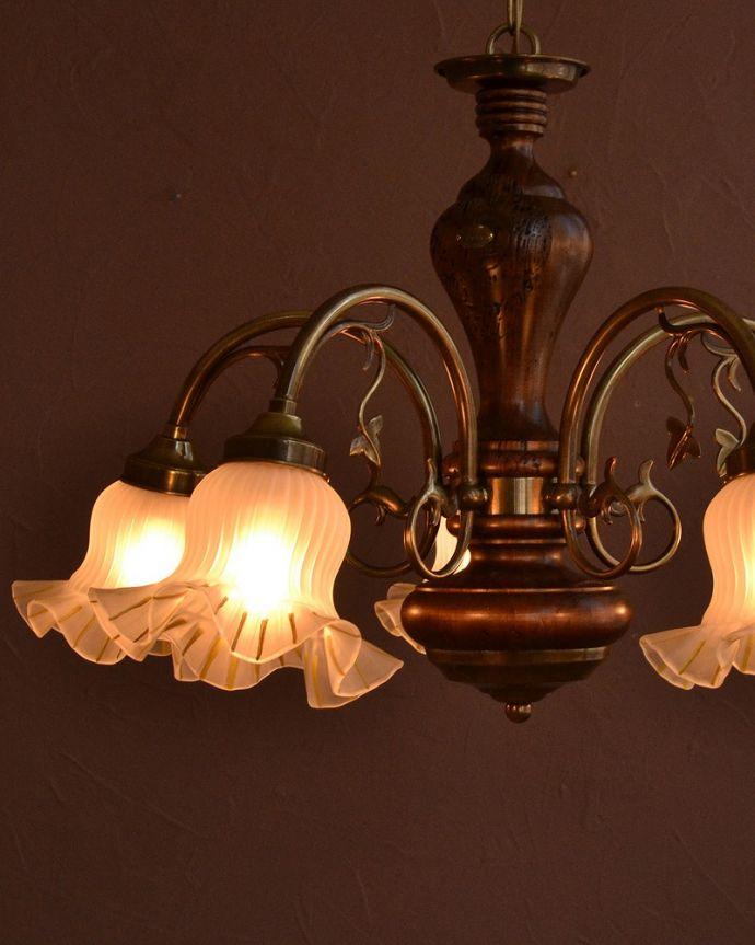 シャンデリア 照明・ライティング アンティーク風のシェード付きシャンデリア(5灯)(E17電球付)。。(cr-504)