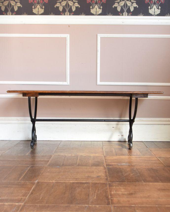 y-212-f アンティーク風ローテーブル(コーヒーテーブル)の後ろ