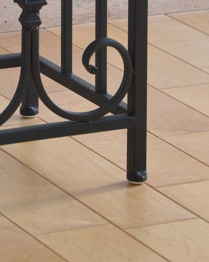 y-230-f 大理石風天板×アイアンフレームのサイドテーブル(花台)の脚