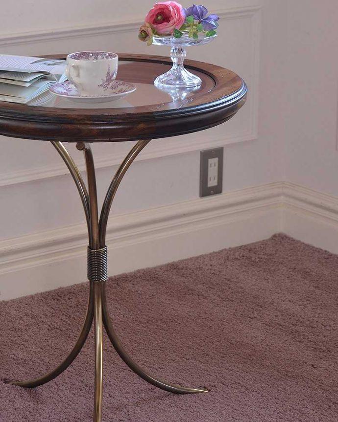 y-330-f テーブルのズーム