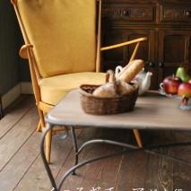 いつも脇役になってしまうチェアが今日は主役。 お家の中に素敵な場所を作ってみましょう!