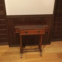 富山県Kさまの小さなアンティークオケージョナルテーブル