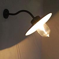 アンティークの外灯、おススメのポーチライト