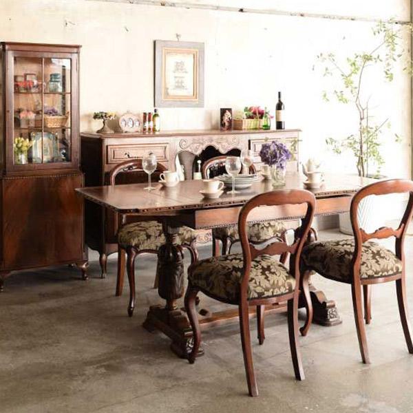 英国アンティークスタイルのダイニングテーブル×アーコールのシスルバックチェア