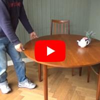 開くのがちょっと楽しい形の変わるヴィンテージG-PLANのダイニングテーブル
