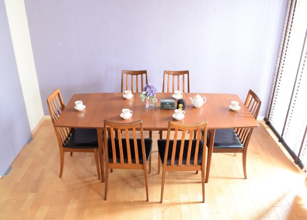 6畳間に置いたときのテーブルの大きさ比較(6人掛けサイズ)