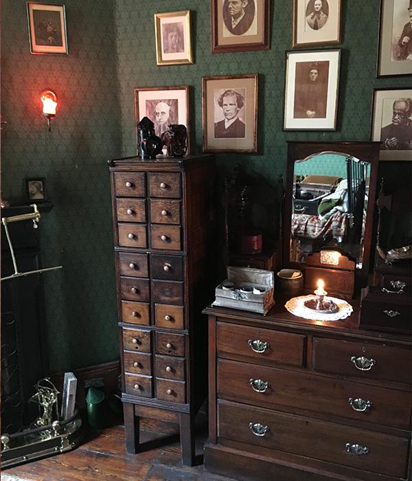 シャーロック・ホームズミュージアム、寝室