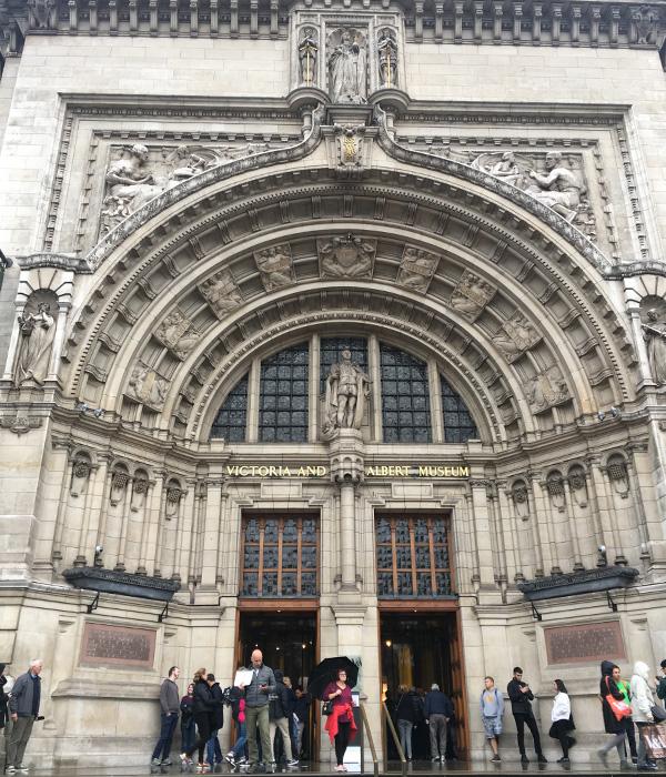 イギリスの旅、ヴィクトリア&アルバート美術館