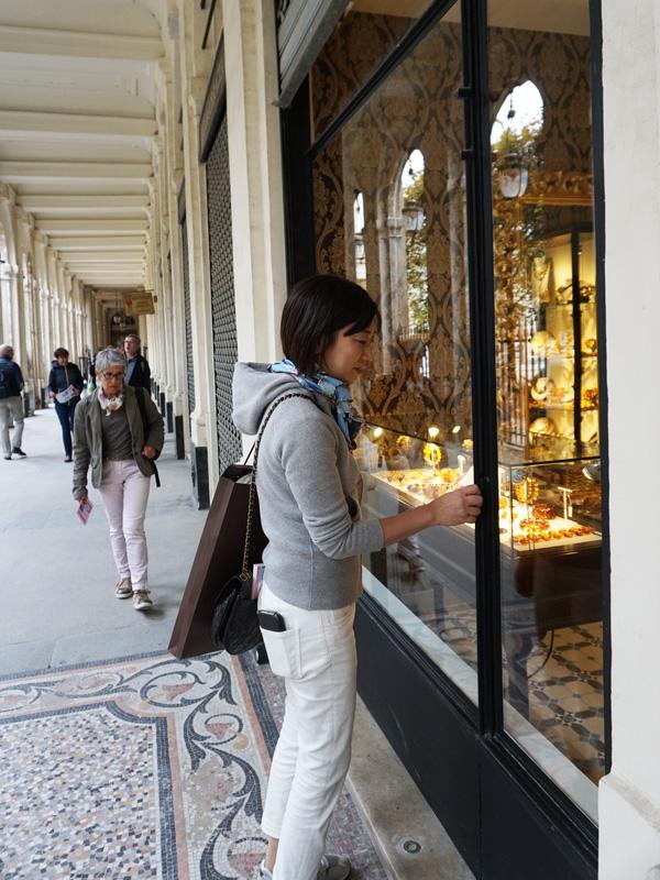 フランス旅行、パレ・ロワイヤル、回廊ブティック