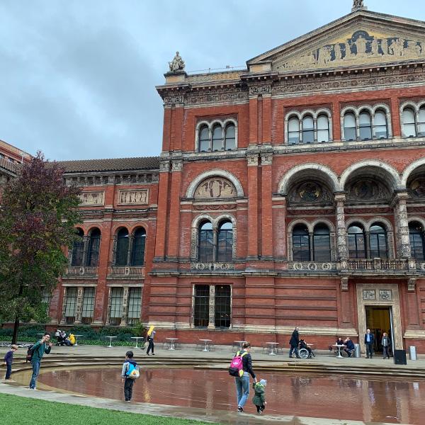 イギリス旅行、ビクトリア&アルバート博物館