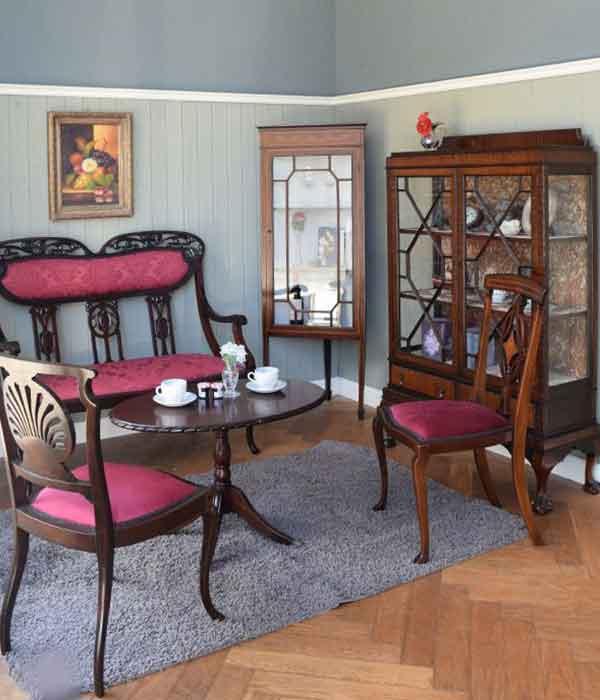 シノワズリの家具を使ったリビング