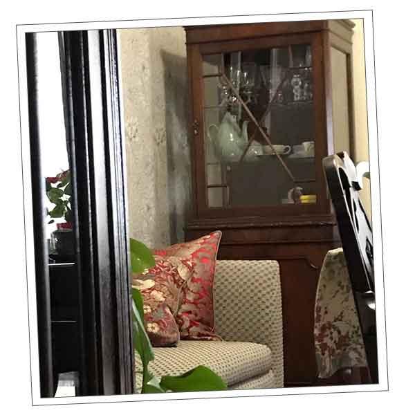 山形県Kさまから届いたシノワズリの家具の写真