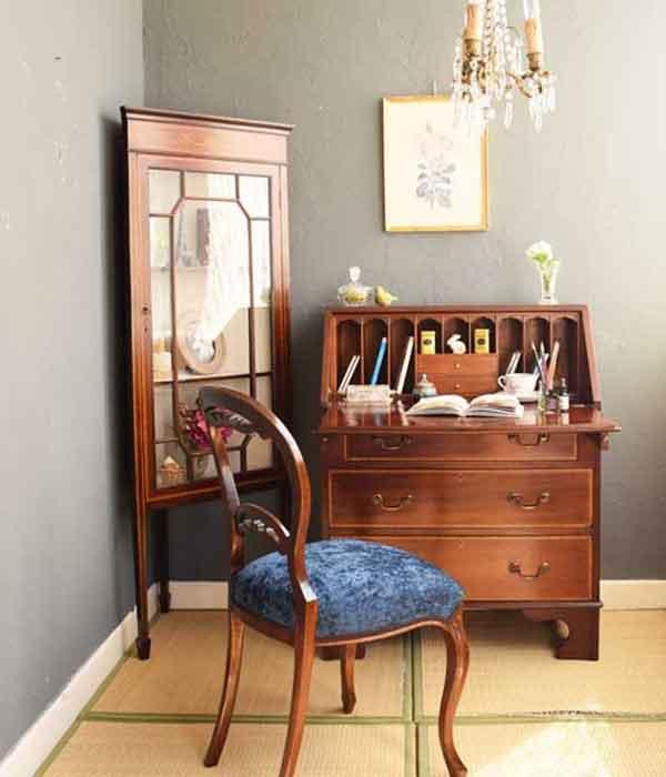シノワズリの家具を使った和室