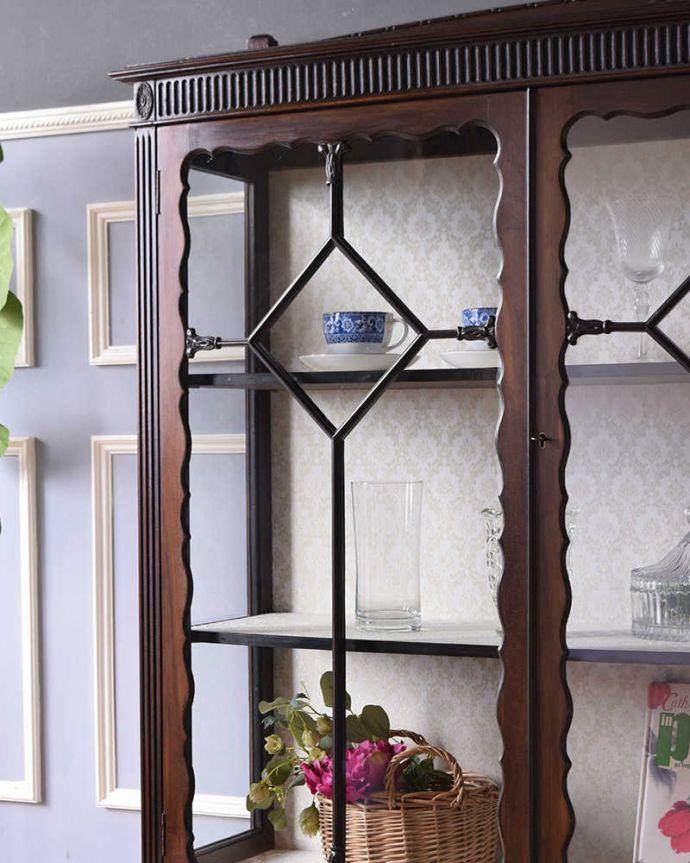 アンティーク家具、ガラスキャビネット