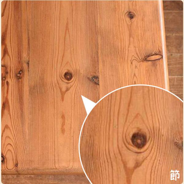 パイン材の特徴1ナチュラルな木目&節