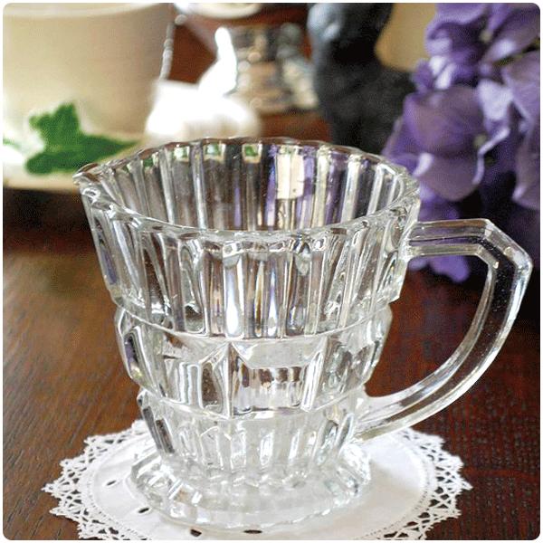 アンティークガラスのピッチャー・ジャグの選び方大きさで選ぶ02 一番使いやすい中くらいのサイズ