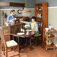 アンティーク家具で作る英国お家パブ