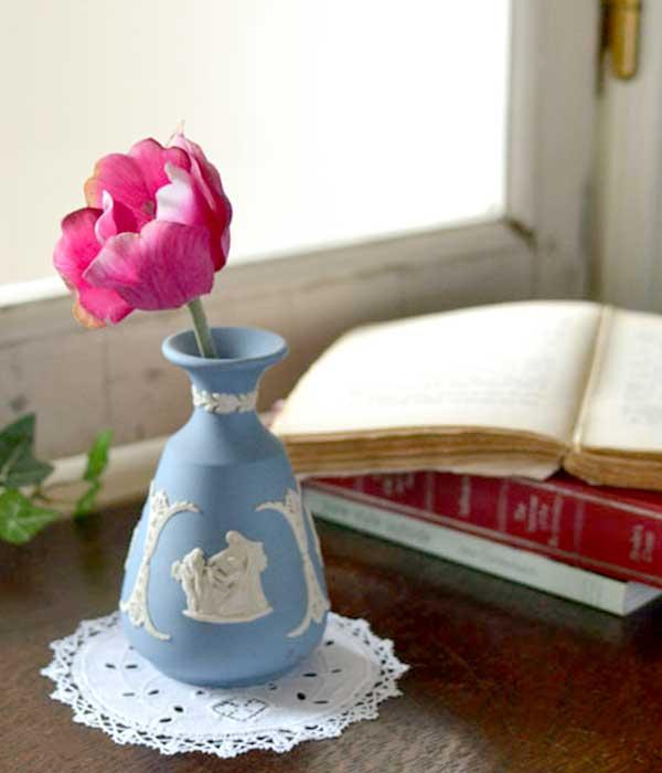 ジャスパーウェアにお花を飾る