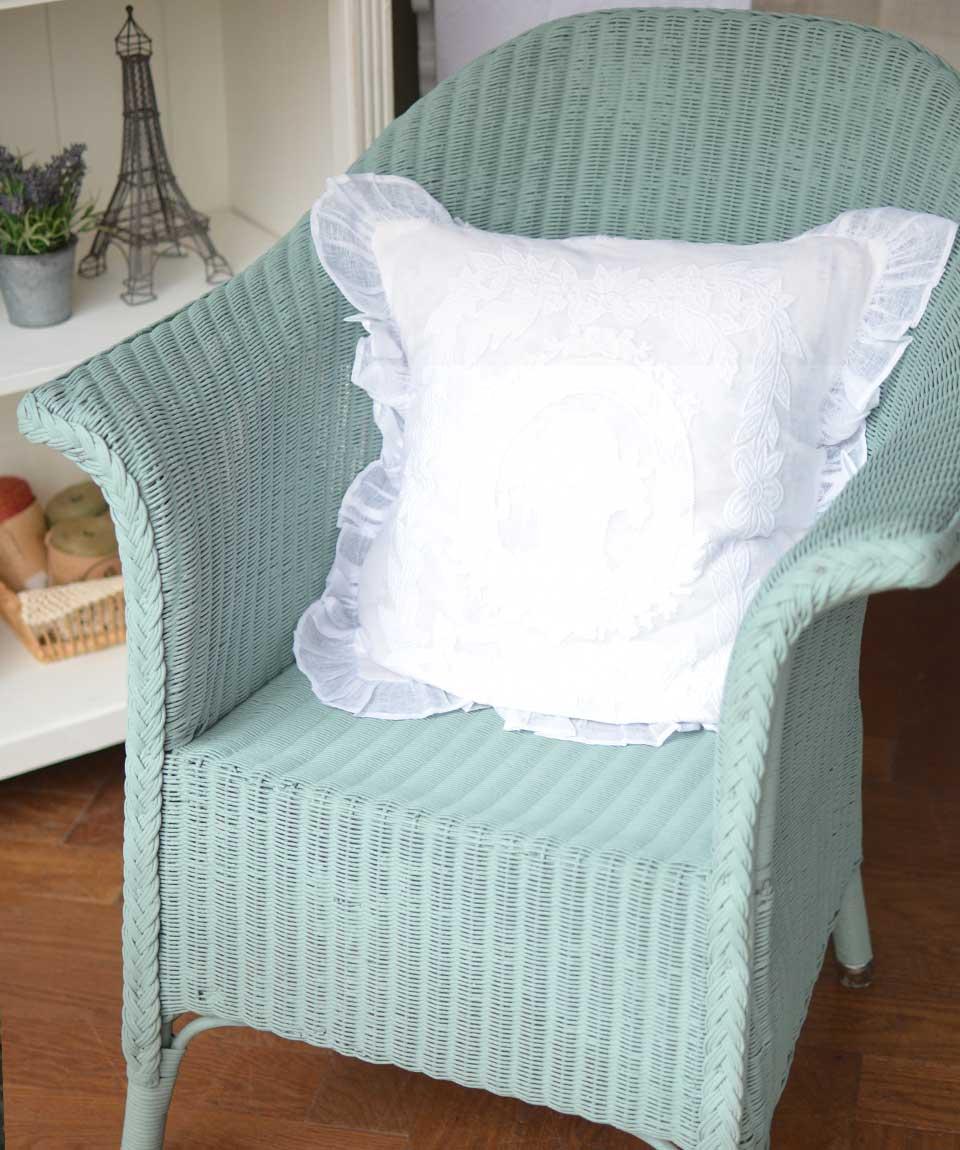 アンティークロイドルーム、ブルーグリーン色の椅子