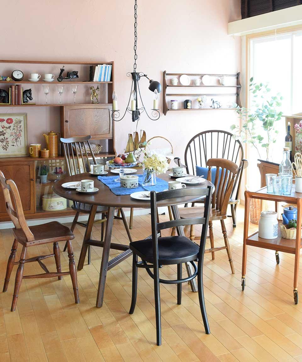 北欧スタイルのオシャレな食卓