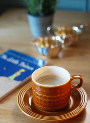 ホーンジーのカップ&ソーサーサー